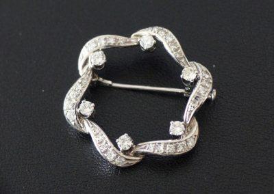 Brosche Weißgold mit 36 Diamanten