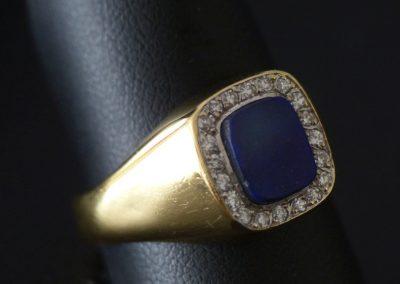 Herrenring mit Lapisplatte und Diamanten